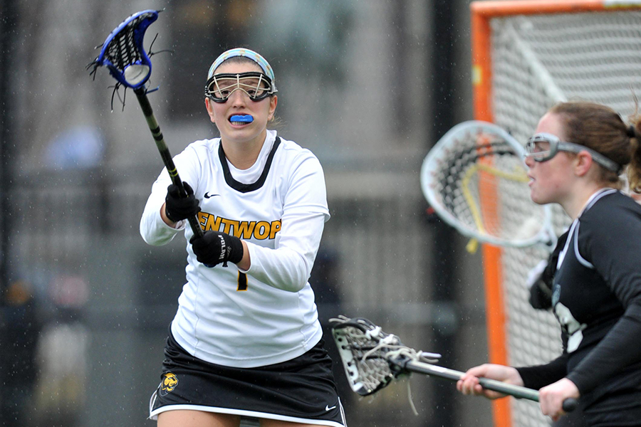 Nor'Easters Storm Past Women's Lacrosse