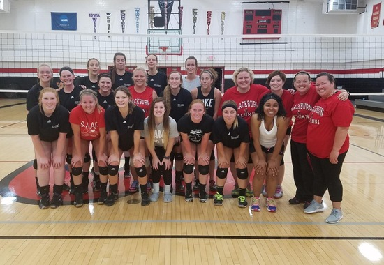Volleyball Alumni Return to Campus