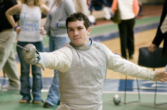 Men's fencing drops three close matches at Brandeis Invitational