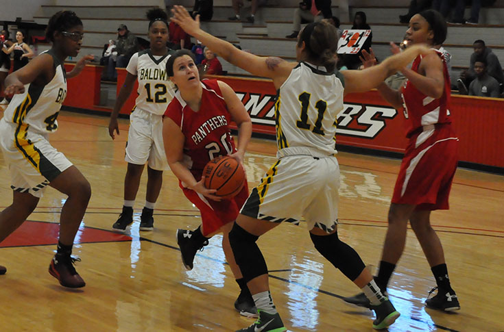 Women's Basketball: Panthers down Mary Baldwin 84-36 to finish 3-0 week