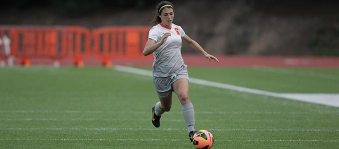 Early Goal Leads Women's Soccer Past Pacific