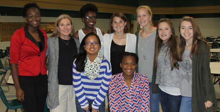 Cross Country Team Celebrates Season with Banquet