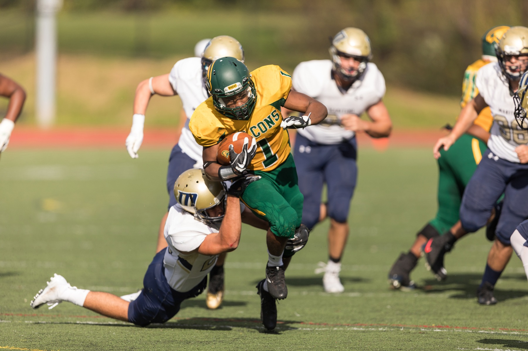 Falcons Hold Off Corsairs, 32-29