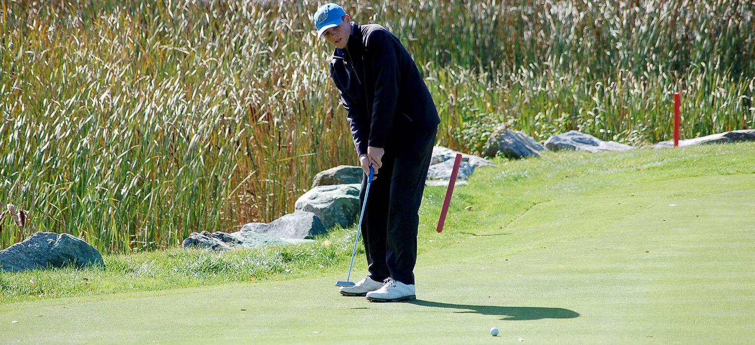Klopfer Leads Mariners to Fifth Place Finish at NAC Championship