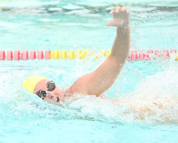 UT Swimmers Notch Victory Over SCAD