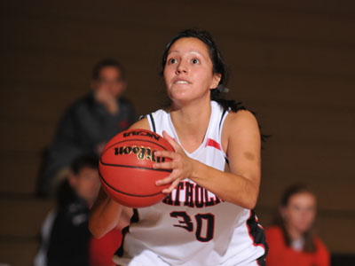 Landmark Conference honors Briones as Player of the Week