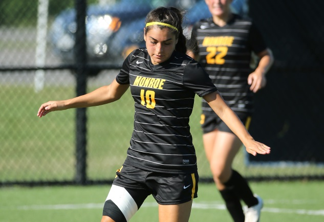 Tribunes advance to district title game