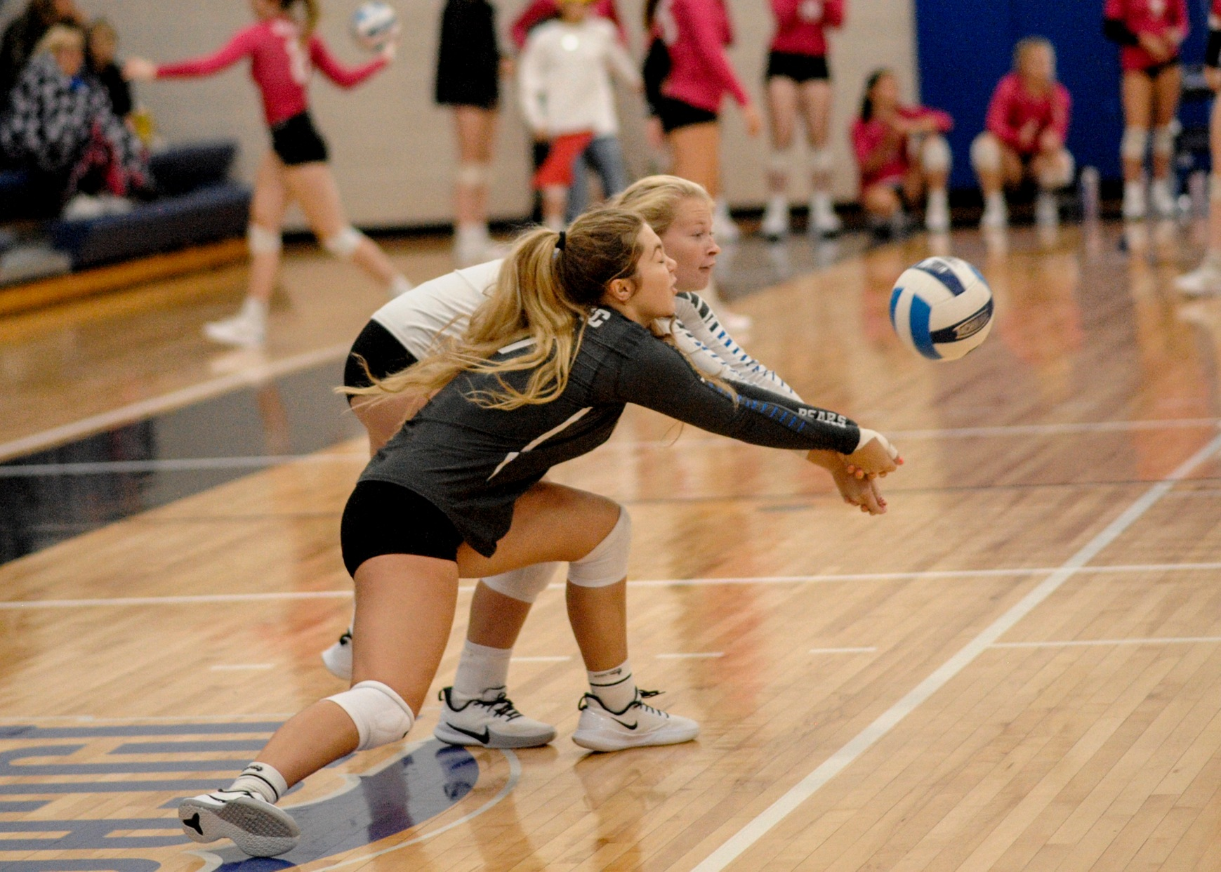 Dilsaver leads DMACC volleyball team past SECC, 3-1