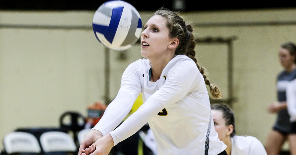 Rogoz Leads Women's Volleyball to 3-1 Win Over Simmons
