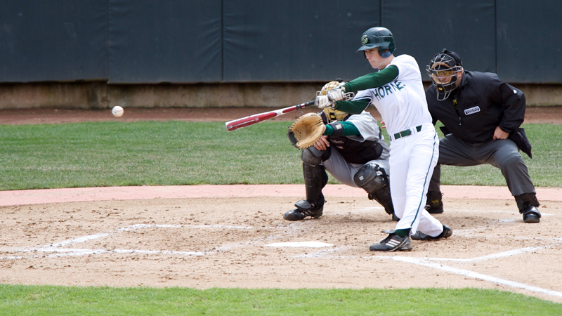 BASEBALL CONTINUES HOT STREAK WITH WALK-OFF WIN OVER CAL STATE NORTHRIDGE