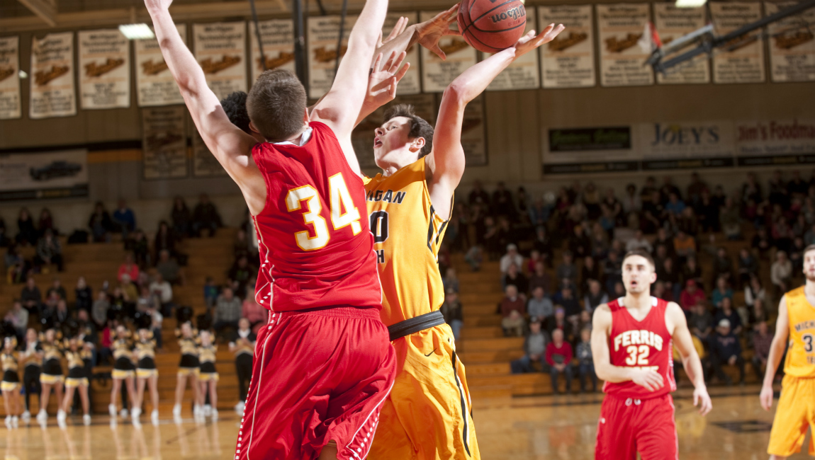 Ferris State Pulls Out Pivotal Road Win In GLIAC Showdown For 12th-Straight Victory