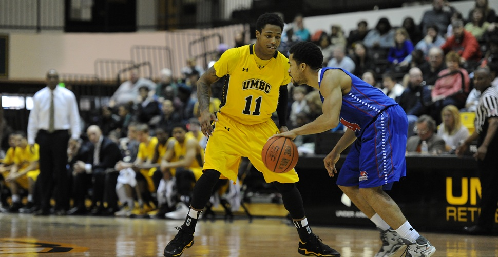 Men's Basketball To Face Iowa at Carver-Hawkeye Arena on Saturday Afternoon