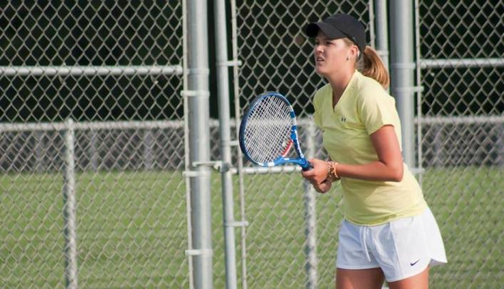 Women's Tennis Captures 8-1 Win over Oshkosh