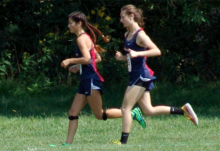 Spartan women cross country runners