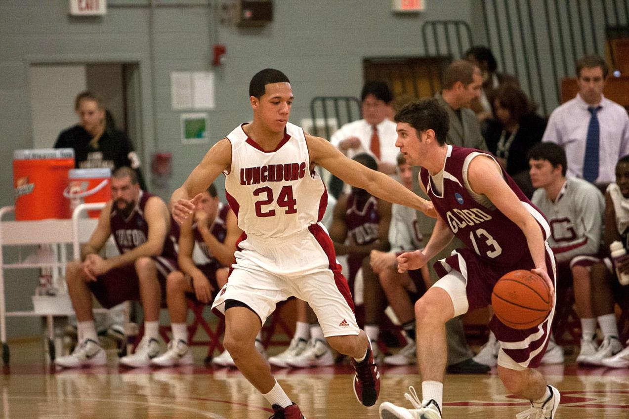 Manny Hernandez Hits Late Three-Pointer to Lift LC Men to Manhattanville Tourney Title