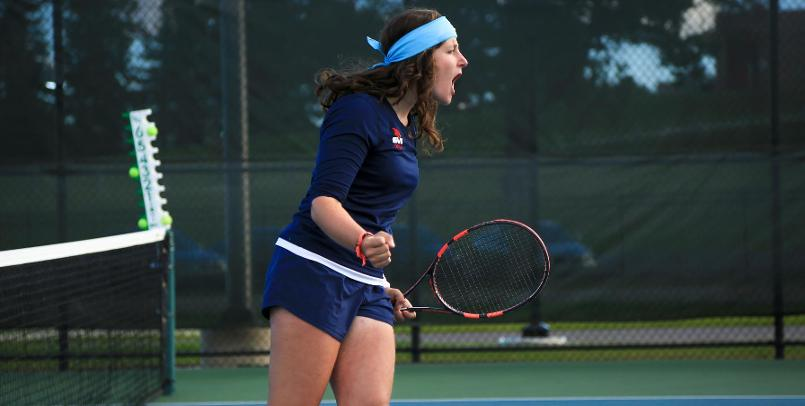 Ana Pico Garcia clinched the win over Wayne State with her three-set victory at no. 2 singles...