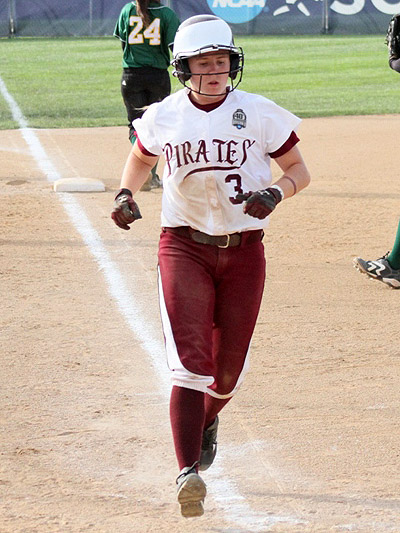 No. 4 Pirates Advance To NCAA DII Softball Semifinals With 5-3 Win Over No. 5 Humboldt State