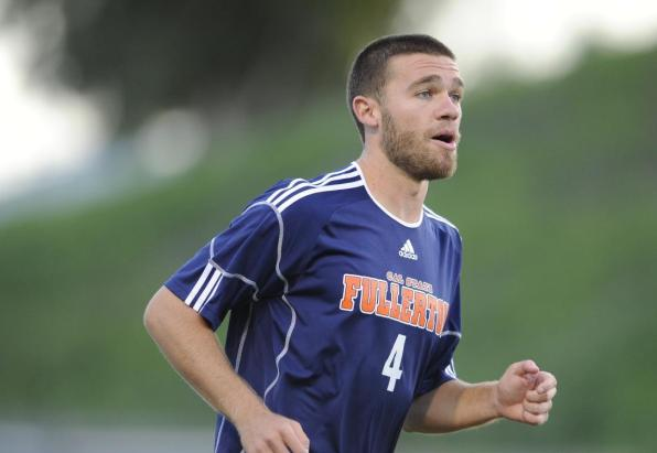 Former Titan Bobby Reiss Signs With NASL's Silverbacks