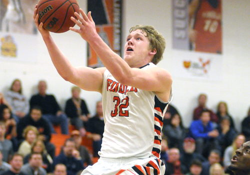 Kahlig Lifts Oilers to Win at #22 Walsh with 42 Points