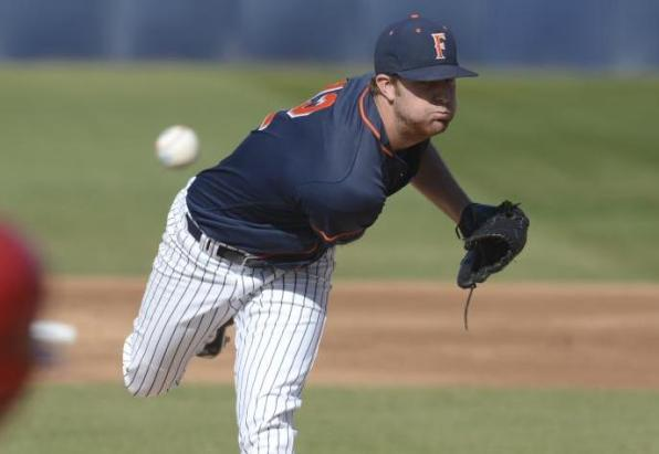 Wiest Tosses Gem as Fullerton Takes Series at Hawai'i