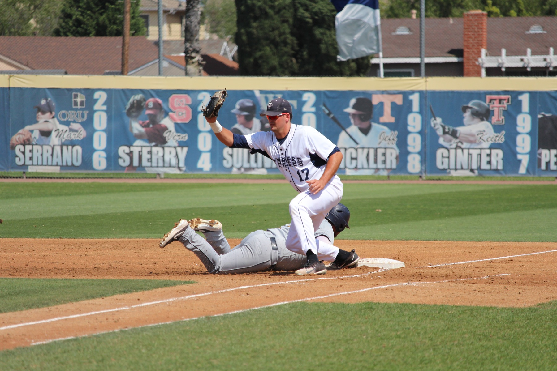 No. 9 Chargers Shutout Hornets, 4-0; Sweep Series Over Fullerton