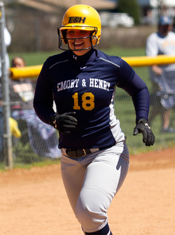 Emory & Henry Softball Sweeps Bridgewater Sunday In ODAC Doubleheader