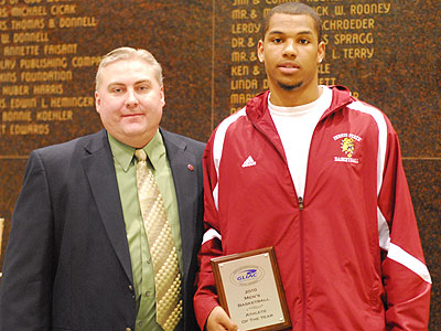 GLIAC Assistant Commissioner Jeff Ligney & the GLIAC Player of the Year Justin Keenan