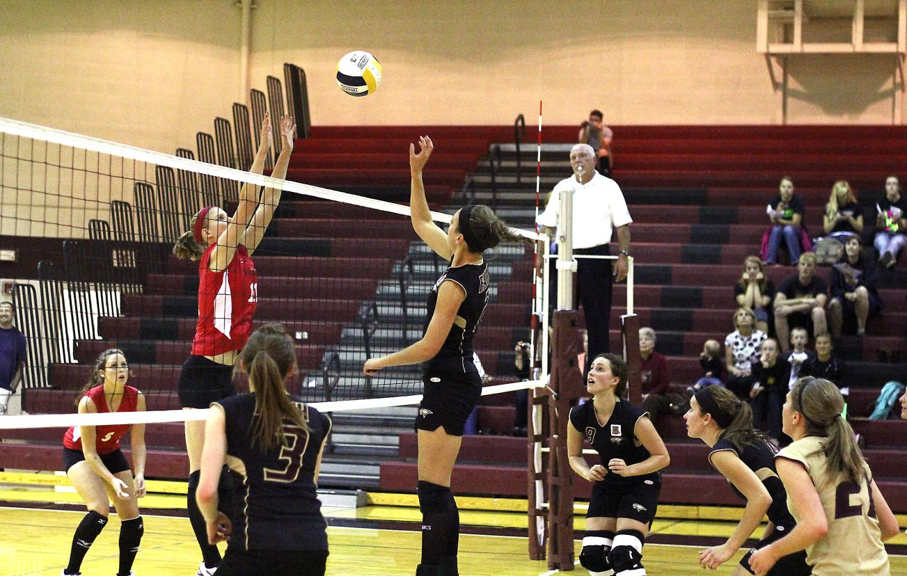 Volleyball Team Rallies, Defeats Union in Four