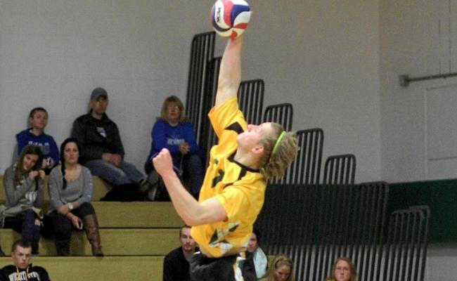 Sophomore Connor Hinman and the Keuka College men's volleyball split two matches during Saturday's NEAC crossover competition (photo courtesy of Ed Webber, Keuka College Sports Information Department).