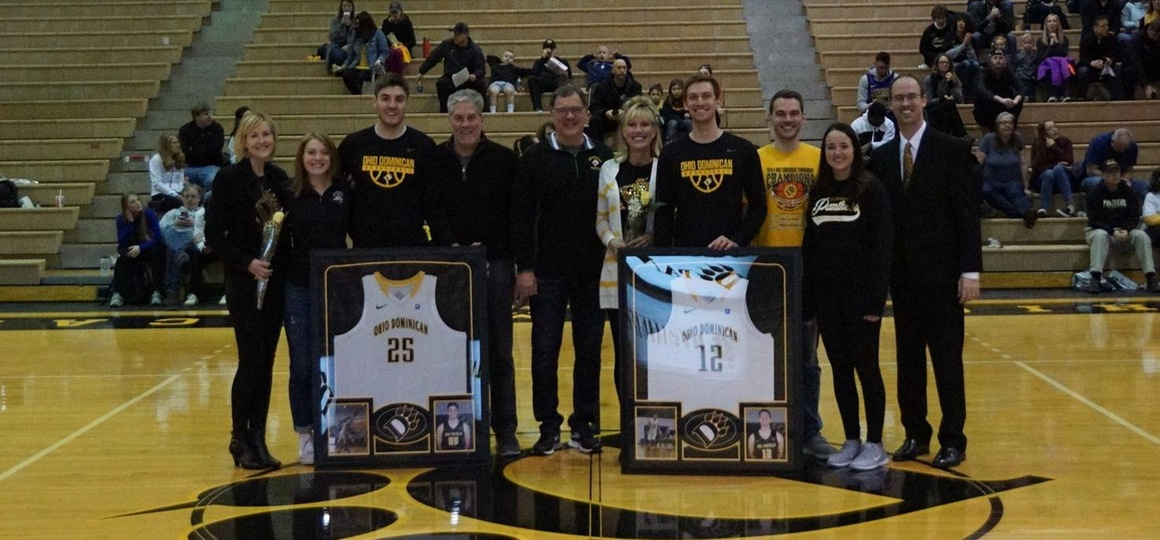 Men's Basketball Defeats Hillsdale on Senior Day