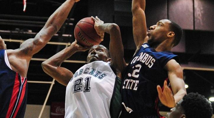 Bobcat Men's Hoops Closes Season with Win, 85-83