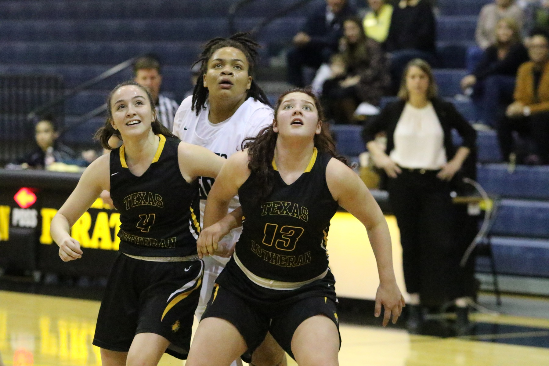 Turnovers Plague Women's Basketball in Loss to TLU