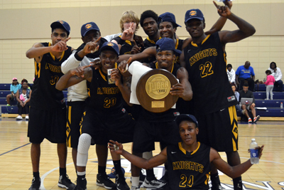 Golden Knights win second straight DIII Championship