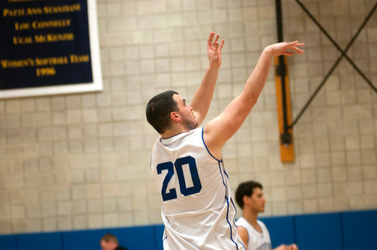 Tufts Shoots Past Men's Basketball to End First Half of Season