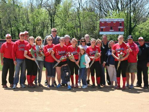 Cardinal Softball Wraps Up Regular-Season Action With Doubleheader Wins