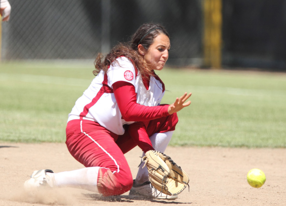 Senior Kristin Welsh Provides Go-Ahead RBI in PCSC Victory Saturday