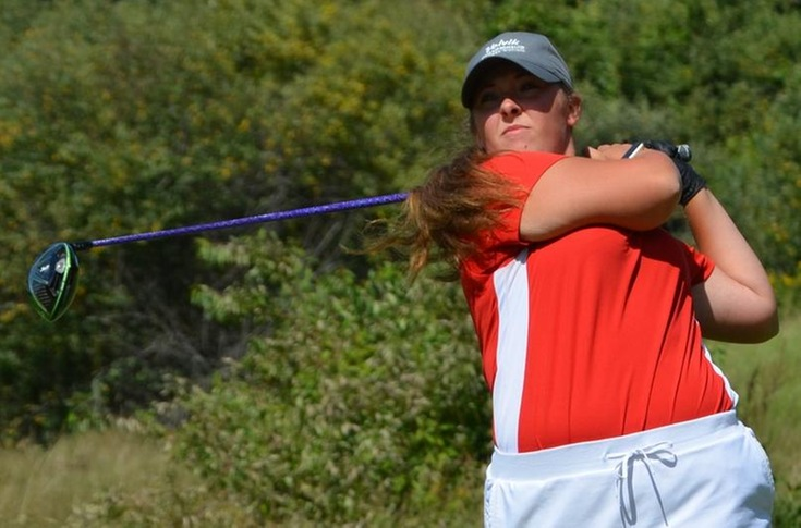 Women's golf team sits fifth at MIAA Fall Finale Tournament