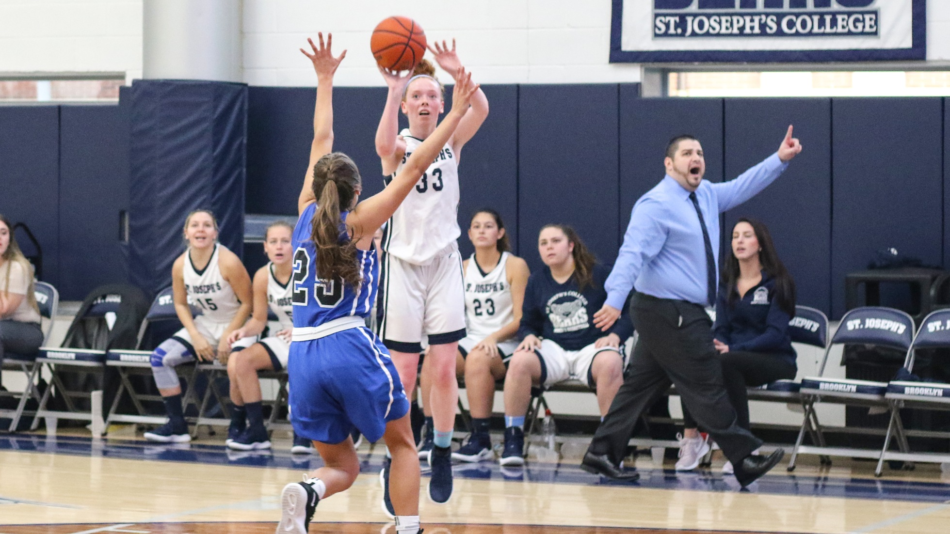 Women's Basketball Three-Game Streak Halted by Mount Saint Mary