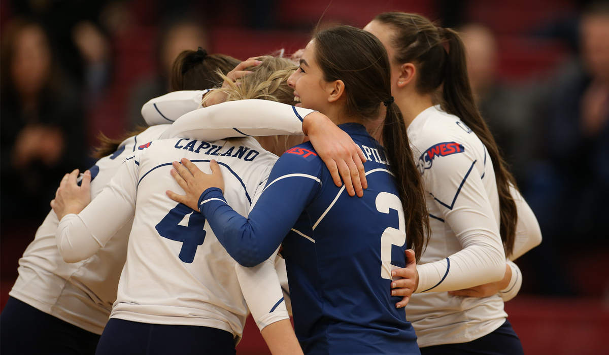Straight Sets Again, Blues top Bearcats