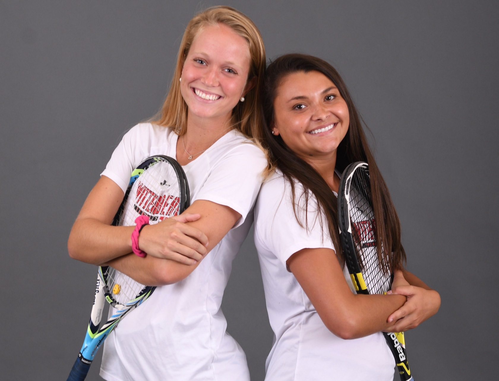 Senior Alivia Livesay (R) and junior Sarah Gallup (L) were both individual winners on Saturday in a 5-2 victory over Trine