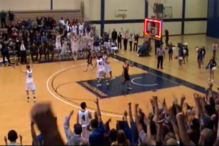 Doedens wins D3Hoops.com Buzzer Beater of the Year
