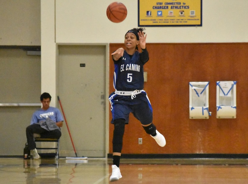 Bey Leads Warriors to Win at Coast Christmas Classic Opener