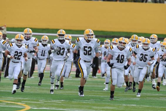 Yellow Jacket Football Opens Season With Bluffton on Community Day