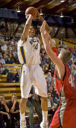 UCSB Travels to Eastern Washington for Final Non-Conference Game