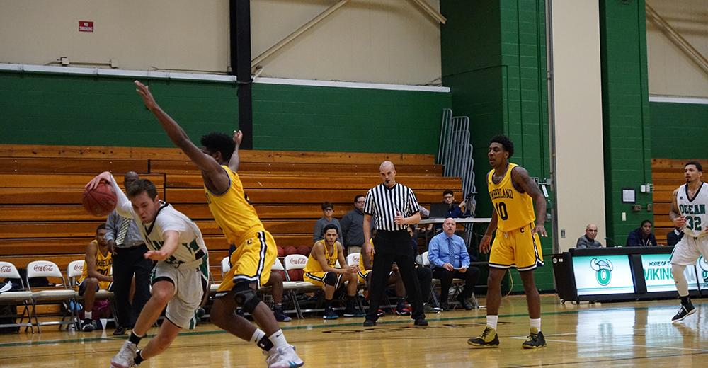 Vikings Top Lehigh Carbon CC, 98-67