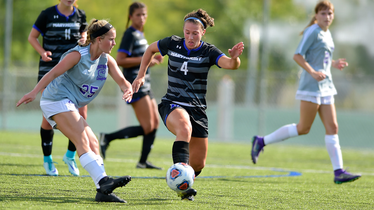 Women's Soccer Falls Behind Early On The Road
