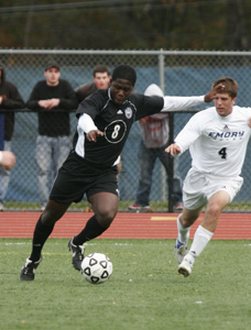 Men's soccer falls to Clark, 2-1