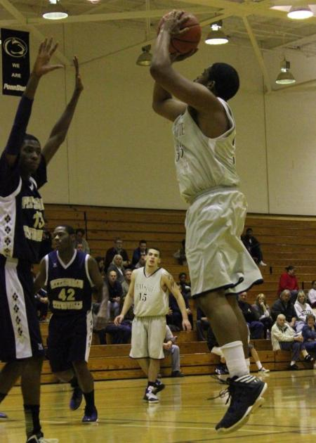 Men's Basketball Uses OT to Pick Up Huge PSUAC Victory Over Wilkes-Barre