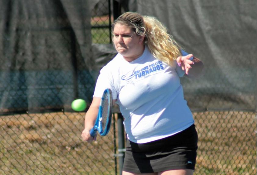 Tornados Dominate Pioneers, 8-1, in Thursday Afternoon Match