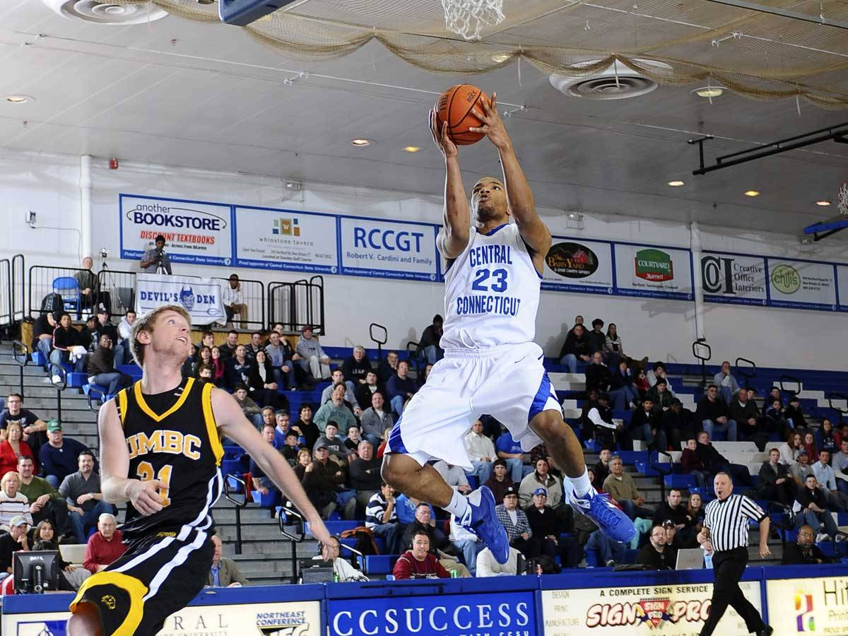 Central Men Drop First Home Game of the Season, 73-63, to Savannah State